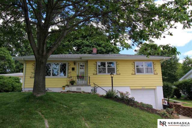 3011 S 49th Street, Omaha, NE 68106 (MLS #21711618) :: Nebraska Home Sales
