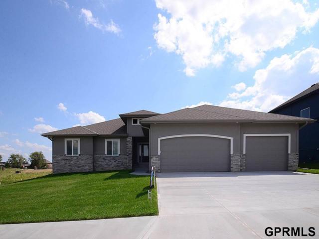 513 Locust Street, Gretna, NE 68028 (MLS #21717293) :: Omaha's Elite Real Estate Group