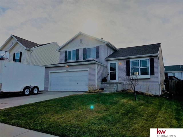 19607 V Street, Omaha, NE 68135 (MLS #21720924) :: The Briley Team