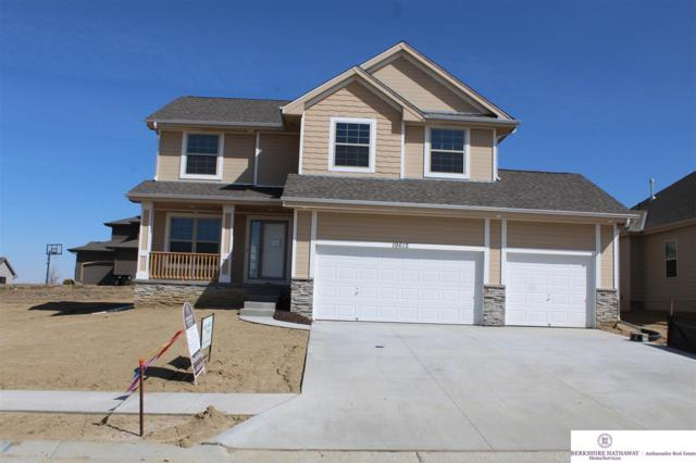 19612 Redwood Street, Gretna, NE 68028 (MLS #21801879) :: The Briley Team