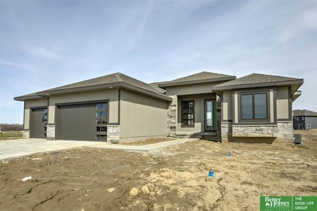 8015 N 129th Street, Omaha, NE 68142 (MLS #21802563) :: Omaha Real Estate Group