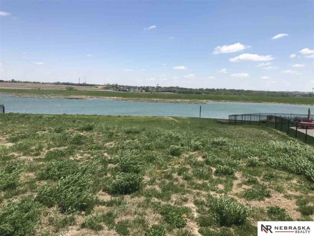 17027 S Reflection Circle, Bennington, NE 68007 (MLS #21803020) :: Complete Real Estate Group