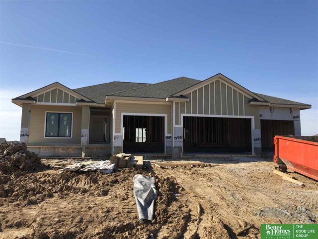 18303 Willis Avenue, Elkhorn, NE 68022 (MLS #21805203) :: Complete Real Estate Group