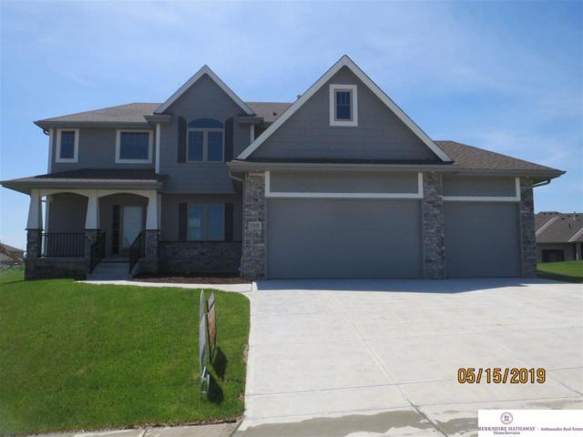 10202 S 105th Avenue, Papillion, NE 68046 (MLS #21805590) :: Omaha Real Estate Group