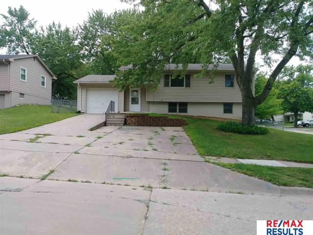 11529 Oak Circle, Omaha, NE 68144 (MLS #21805989) :: The Briley Team