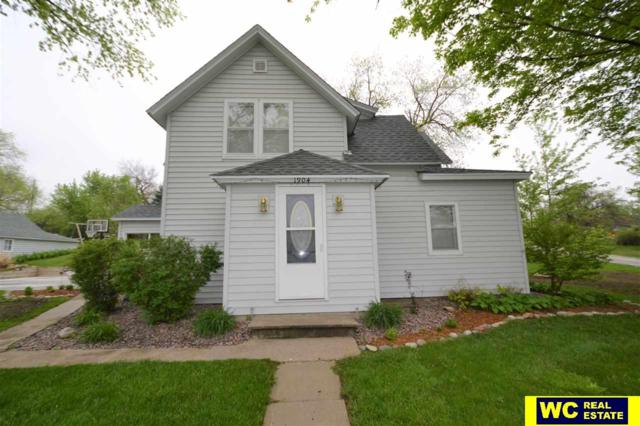 1904 L Street, Tekamah, NE 68061 (MLS #21806898) :: Complete Real Estate Group