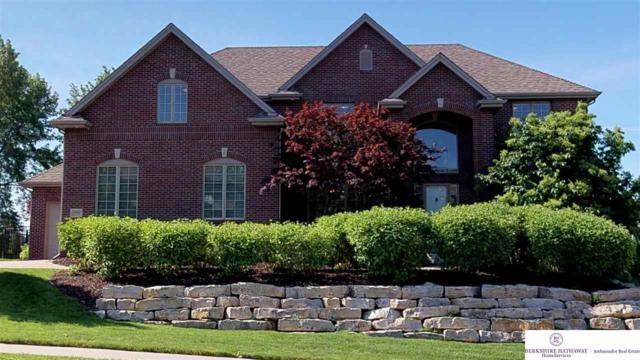 19461 Walnut Circle, Omaha, NE 68130 (MLS #21808991) :: Omaha's Elite Real Estate Group