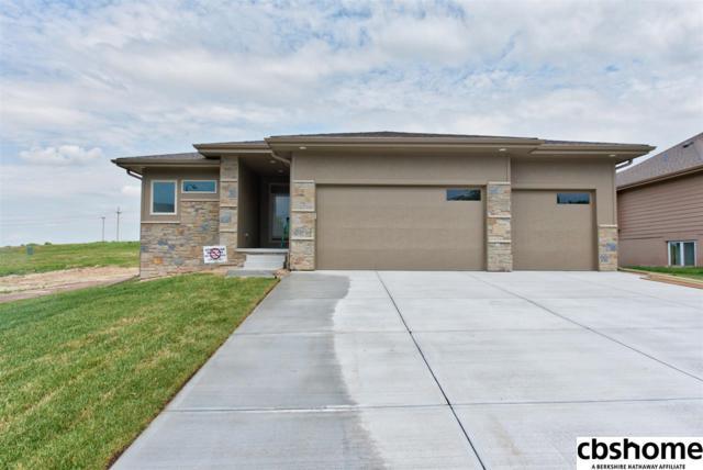 6411 N 157 Street, Omaha, NE 68116 (MLS #21810493) :: Omaha's Elite Real Estate Group