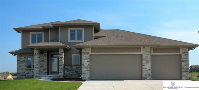 515 Brentwood Drive, Gretna, NE 68028 (MLS #21810657) :: Omaha's Elite Real Estate Group