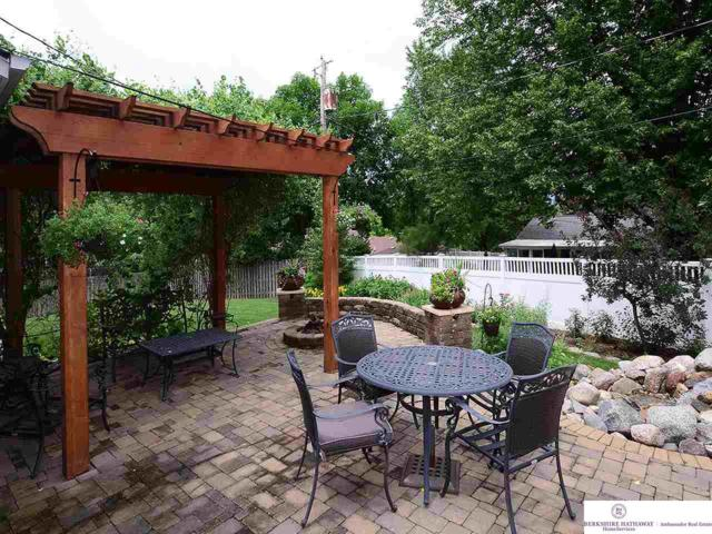 9908 Pinehurst Circle, Omaha, NE 68124 (MLS #21811160) :: Omaha's Elite Real Estate Group