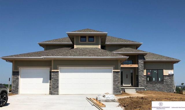 10004 S 105 Avenue, Papillion, NE 68046 (MLS #21812104) :: Omaha Real Estate Group