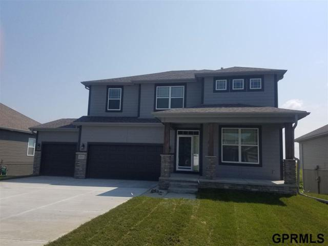 10211 Rosewater Parkway, Bennington, NE 68007 (MLS #21813205) :: Complete Real Estate Group