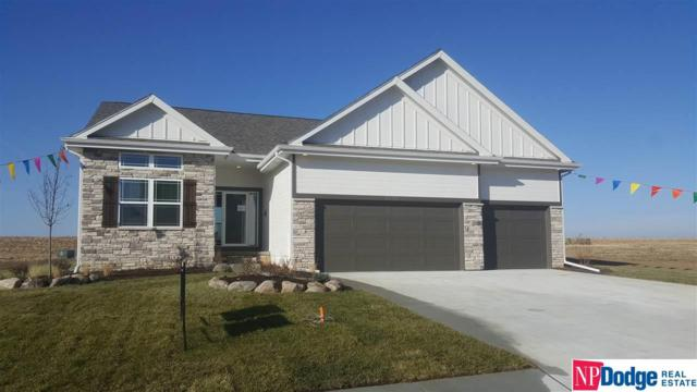 6716 S 200 Avenue, Omaha, NE 68135 (MLS #21813613) :: Lincoln Select Real Estate Group