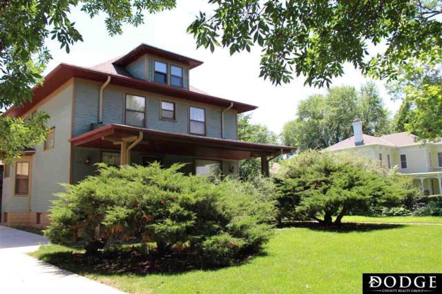 1140 N Nye Avenue, Fremont, NE 68025 (MLS #21813969) :: Omaha's Elite Real Estate Group