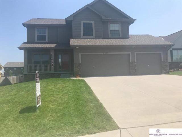 8207 N 162 Street, Bennington, NE 68007 (MLS #21814064) :: Omaha Real Estate Group