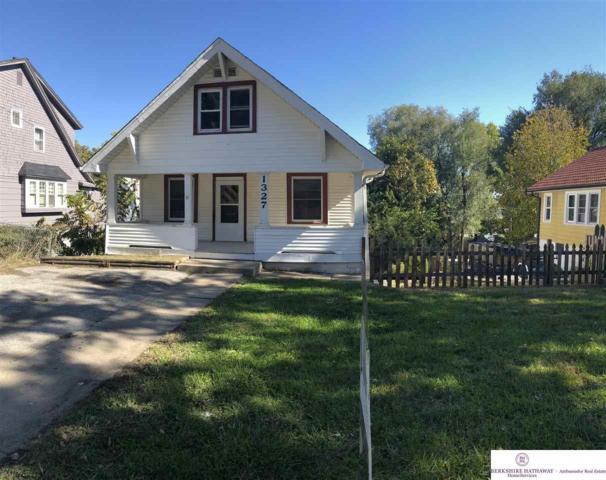 1327 S 25 Avenue, Omaha, NE 68105 (MLS #21819102) :: Complete Real Estate Group