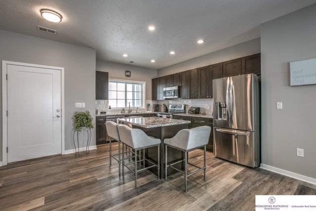 5933 N 158th Court #303, Omaha, NE 68116 (MLS #21821257) :: Omaha Real Estate Group