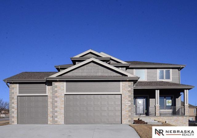 6836 Park Crest Drive, Papillion, NE 68133 (MLS #21900100) :: Complete Real Estate Group