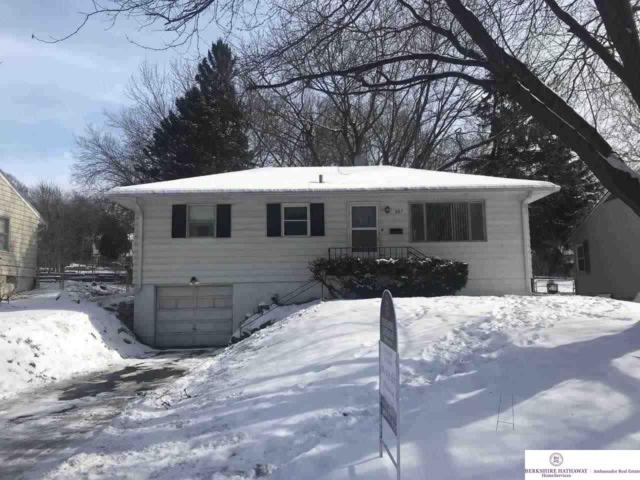 827 N 76 Street, Omaha, NE 68114 (MLS #21902033) :: Omaha Real Estate Group