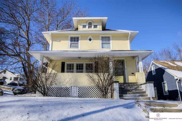 972 S 45 Street, Omaha, NE 68106 (MLS #21902039) :: Omaha Real Estate Group