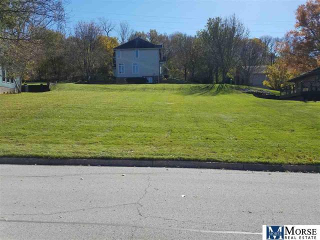 5129 Raven Oaks Drive, Omaha, NE 68152 (MLS #21902059) :: Omaha's Elite Real Estate Group