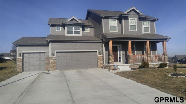 16086 Girard Circle, Bennington, NE 68007 (MLS #21902991) :: Omaha's Elite Real Estate Group