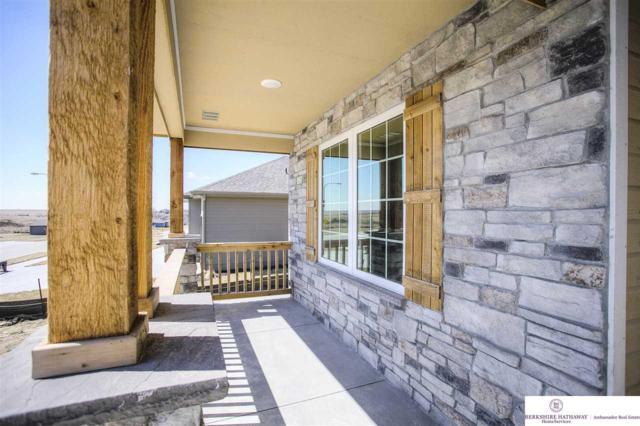 11458 Cooper Street, Papillion, NE 68046 (MLS #21903225) :: Nebraska Home Sales