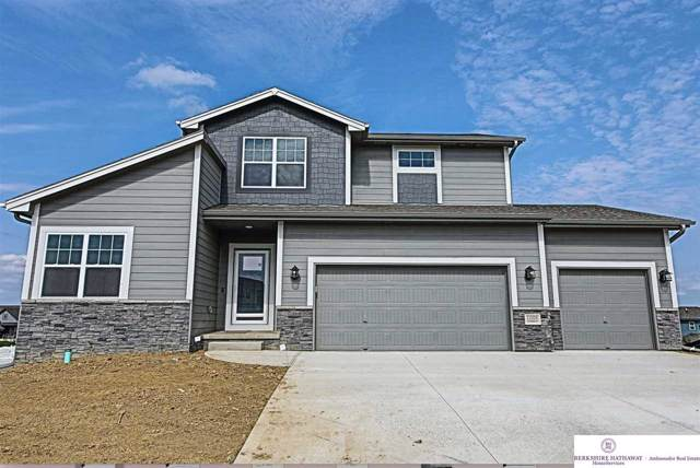 11026 Cove Hollow Drive, Papillion, NE 68028 (MLS #21903281) :: Lincoln Select Real Estate Group