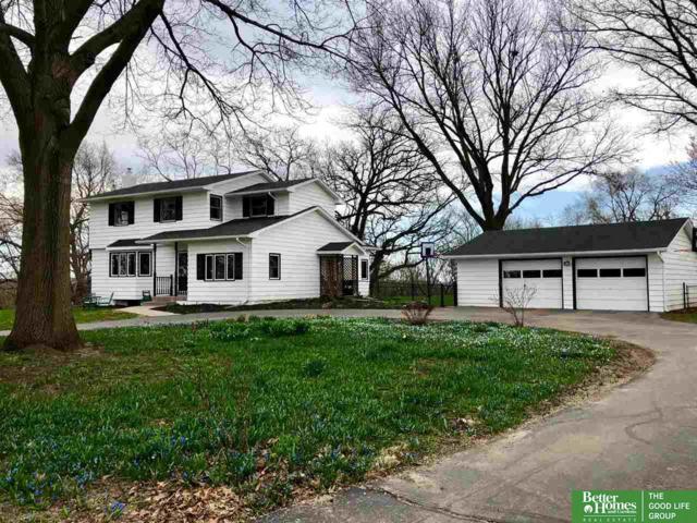 415 E 19th Avenue, Bellevue, NE 68005 (MLS #21905488) :: Dodge County Realty Group