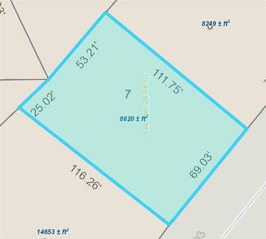 1215 Hickory Street, Hickman, NE 68372 (MLS #21905963) :: Cindy Andrew Group