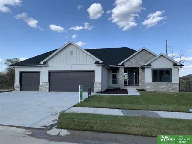 2435 N 187th Avenue, Elkhorn, NE 68022 (MLS #21906421) :: The Briley Team