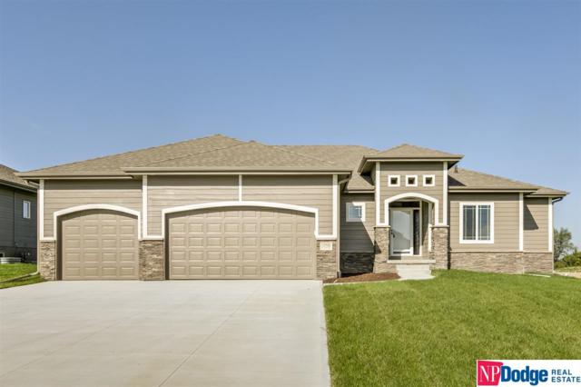 13706 S 49 Street, Papillion, NE 68133 (MLS #21908058) :: The Briley Team