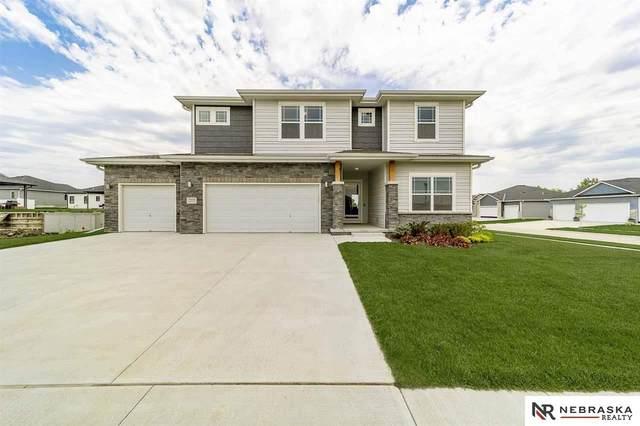 7930 Maxine Drive, Lincoln, NE 68516 (MLS #21911008) :: Lincoln Select Real Estate Group