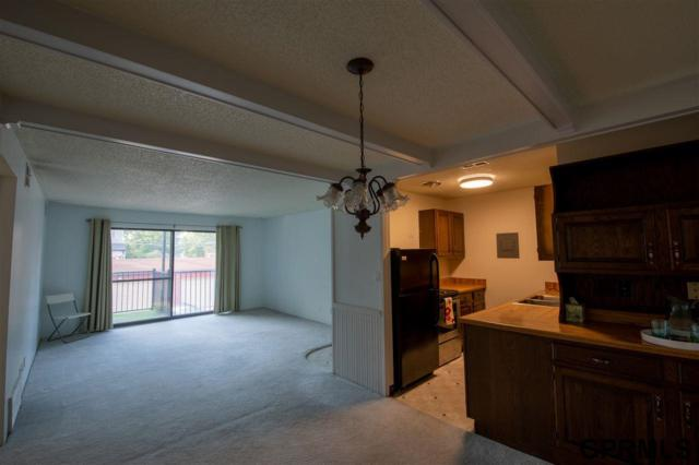2400 A Street #6, Lincoln, NE 68502 (MLS #21911183) :: Cindy Andrew Group