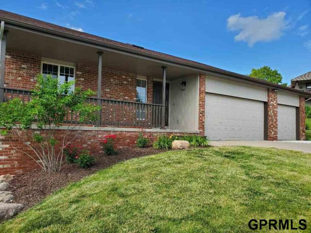 8424 Craig Avenue, Omaha, NE 68122 (MLS #21911800) :: Complete Real Estate Group