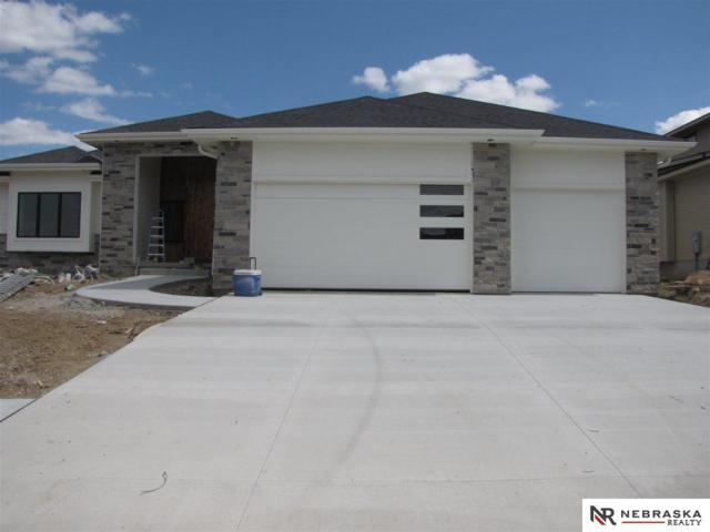 21111 B Street, Omaha, NE 68022 (MLS #21913661) :: Omaha's Elite Real Estate Group