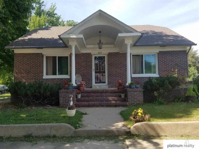 203 9Th Street, Fairbury, NE 68352 (MLS #21918318) :: Omaha's Elite Real Estate Group