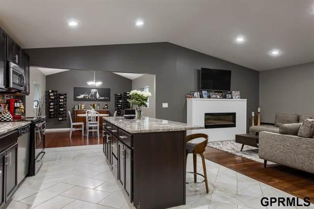 9803 Woolworth Avenue, Omaha, NE 68124 (MLS #21921148) :: Omaha Real Estate Group
