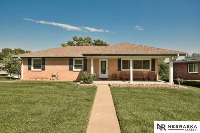 9705 Linden Avenue, Bellevue, NE 68123 (MLS #21921340) :: Dodge County Realty Group