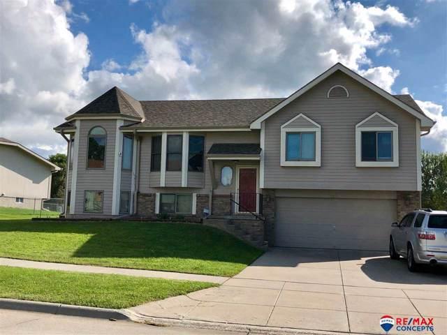 5271 W Redberry Lane, Lincoln, NE 68528 (MLS #21921524) :: Nebraska Home Sales