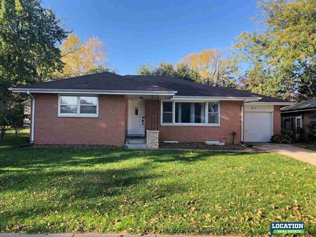 611 Windsor Drive, Lincoln, NE 68528 (MLS #21922248) :: Omaha's Elite Real Estate Group