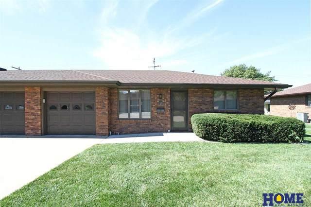 1014 1st Street #2, Milford, NE 68405 (MLS #21922432) :: The Homefront Team at Nebraska Realty