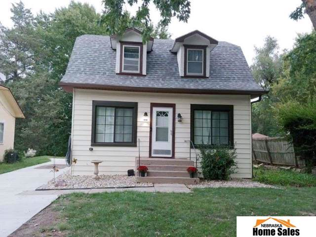 2424 S 37 Street, Lincoln, NE 68506 (MLS #21922822) :: Dodge County Realty Group