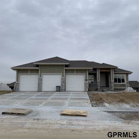 10008 S 105th Avenue, Papillion, NE 68046 (MLS #21923897) :: Omaha Real Estate Group