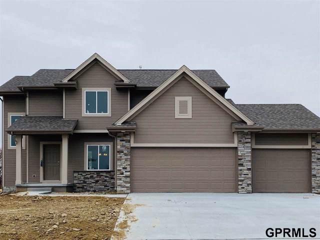7810 S 197 Street, Gretna, NE 68028 (MLS #21924447) :: Omaha Real Estate Group