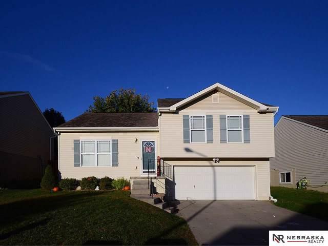 7924 S 161st Terrace, Omaha, NE 68136 (MLS #21924633) :: Capital City Realty Group
