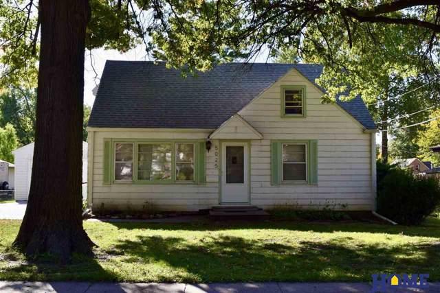 5025 South Street, Lincoln, NE 68506 (MLS #21925150) :: Omaha Real Estate Group
