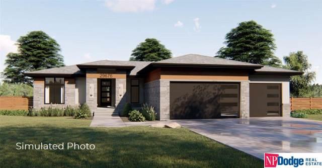 8228 N 167 Street, Bennington, NE 68007 (MLS #21925687) :: Nebraska Home Sales