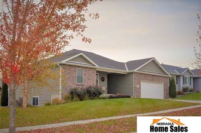 3021 N 90th Street, Lincoln, NE 68507 (MLS #21925901) :: Nebraska Home Sales