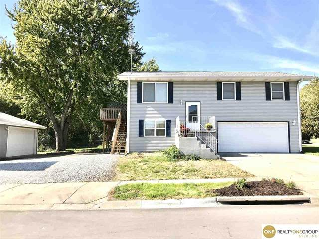 2621 NW 4th Street, Lincoln, NE 68521 (MLS #21926415) :: Cindy Andrew Group